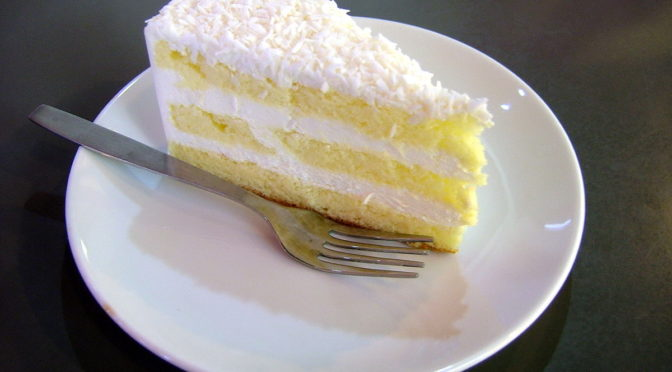 Coconut Cake with Lemon Curd