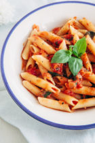 Penne Pasta with Ricotta and Tomatoes